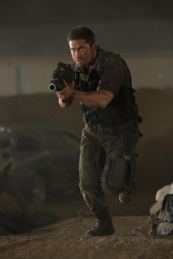 Bild 1 von 19: Von einem unbekannten Spieler ferngesteuert, kämpft Kable (Gerald Butler) gegen seinen Willen und ohne Kontrolle in der virtuellen Welt des Online-Games \