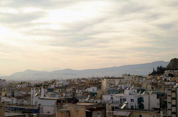 Bild 1 von 1: Antike Metropole, Zentrum des Bürgerkriegs, Krisenstadt: Athen hat eine bewegte Geschichte -- und eine bewegte Gegenwart.