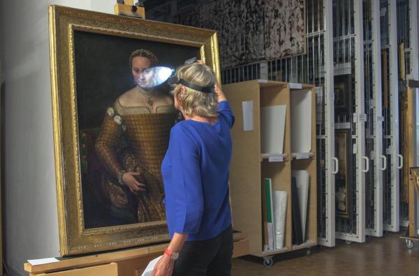 Bild 1 von 4: Sofonisba Anguissolas Porträt ihrer Mutter Bianca Ponzoni Anguissola im Depot der Berliner Gemäldegalerie