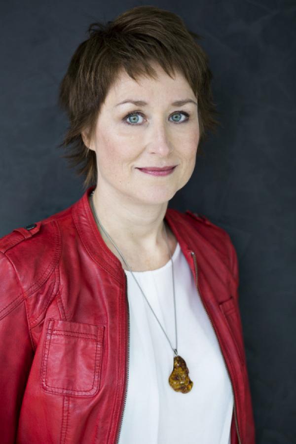 Bild 1 von 3: 3sat-Moderatorin Eva Schmidt.