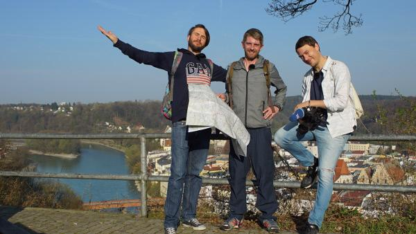 Bild 1 von 5: Von links: Die Woidboyz Uli Nutz, Andi Weindl und Basti Kellermeier in Wasserburg.