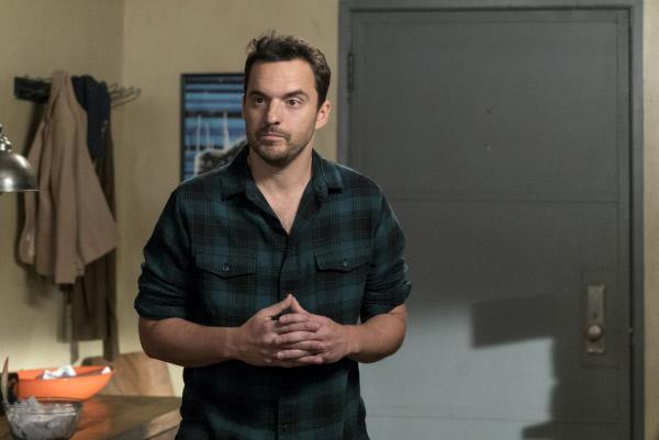 Bild 1 von 20: Ein unerwarteter Besuch sorgt bei Nick (Jake Johnson) dafür, über seine eigene Zukunft nachzudenken ...
