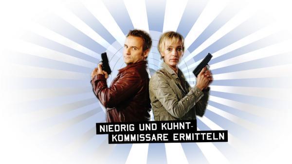 Bild 1 von 23: 'Niedrig (Cornelia Niedrig, r.) und Kuhnt (Bernie Kuhnt, l.) - Kommissare ermitteln' ...