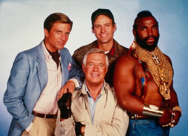 Bild 1 von 6: v.li. Templeton Peck (Dirk Benedict), John 'Hannibal' Smith (George Peppard), 'Howling Mad' Murdock (Dwight Schultz) und B.A. (Mr. T.)