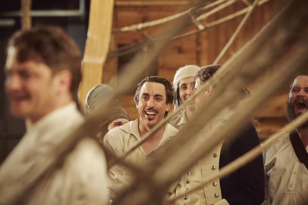 Bild 1 von 2: Alexander Schubert als Crewmitglied der Bounty.