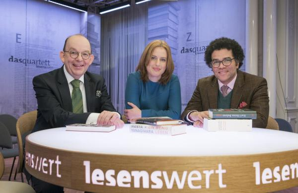 Bild 1 von 1: Das Stamm-Team v. li. I Denis Scheck, Insa Wilke und Ijoma Mangold.