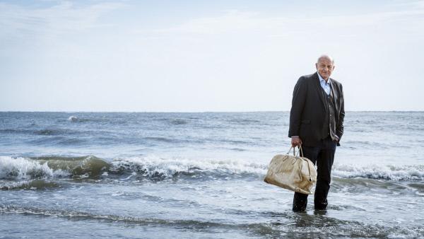 Bild 1 von 14: Wenn Wilsberg (Leonard Lansink) Urlaub macht, ist Mord inklusive.