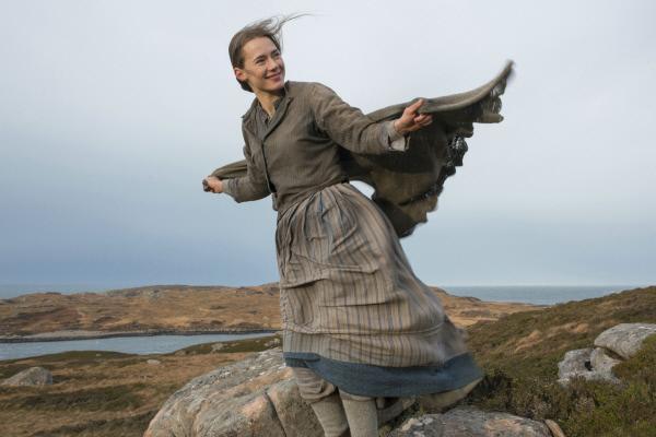 Bild 1 von 8: Das Sehnsuchtsziel der Reise des jungen Schotten Jay ist seine große Liebe Rose Ross (Caren Pistorius).
