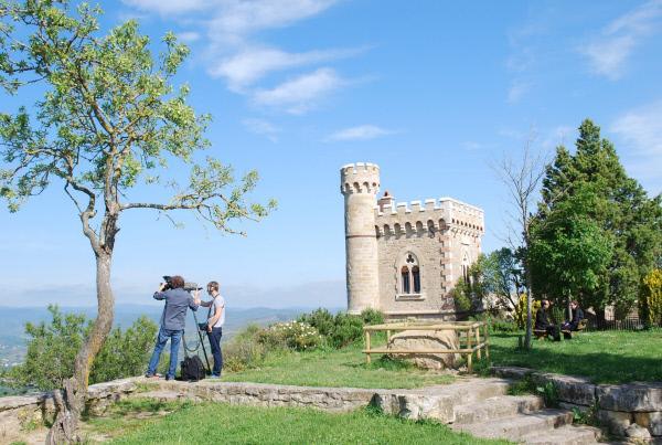 Bild 1 von 1: Das kleine Dorf Rennes-le-Château in Südfrankreich steht im Mittelpunkt einer Verschwörungstheorie, die den christlichen Glauben in seinen Grundlagen erschüttern könnte.