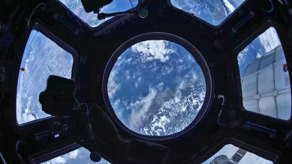 Bild 1 von 3: 200 M?nnern und Frauen von der ganzen Welt bot die Internationale Raumstation bisher Obdach im All.