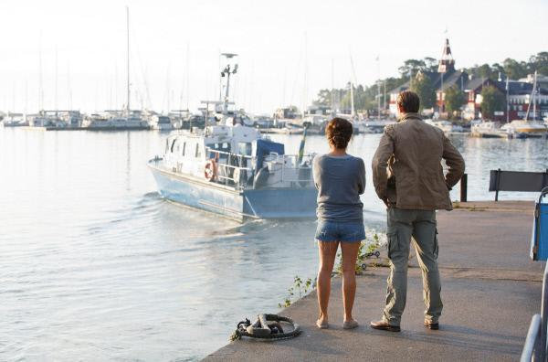 Bild 1 von 6: Nora (Alexandra Rapaport) und Thomas (Jakob Cedergren) verbindet weiterhin eine innige Freundschaft.