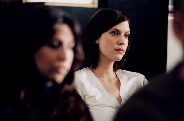 Bild 1 von 12: Angelina (Lauren Lee Smith) wurde brutal vergewaltigt und sinnt auf Rache.