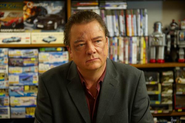 Bild 1 von 9: Peter Kurth in der Rolle des Günther Kroll.