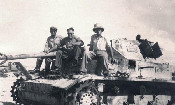 Bild 1 von 2: Auf Flucht vor der Justiz verschl?gt es viele Nationalsozialisten in den Nahen Osten.