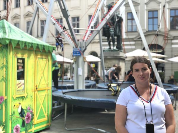 Bild 1 von 4: Schaustellerin Stefanie Schmidt aus Augsburg.