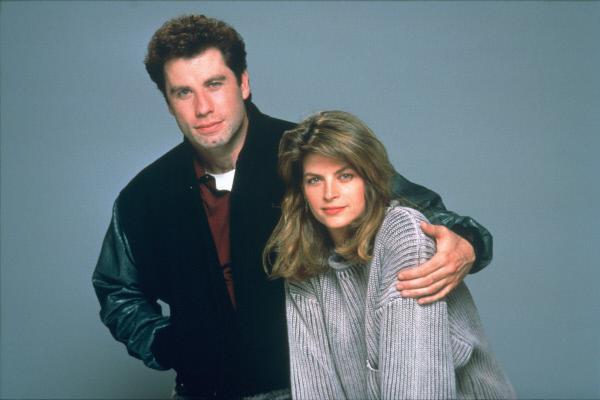 Bild 1 von 1: Der Taxifahrer James (John Travolta) hat die hochschwangere Mollie (Kirstie Alley) zur Entbindung ins Krankenhaus gefahren. Später hilft er der alleinerziehenden Mutter als Babysitter und verliebt sich in sie.