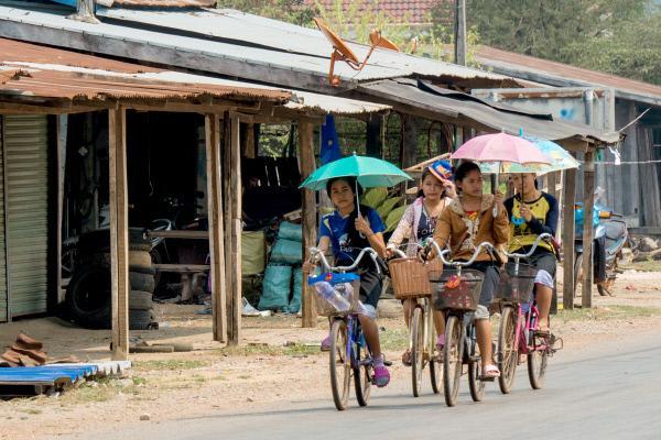 Bild 1 von 7: Das historische Wegenetz des Ho-Chi-Minh-Pfades umfasste mindestens 16.000 Kilometer - heute Pisten für Lkw, Mopeds, Fahrräder und Fußgänger.
