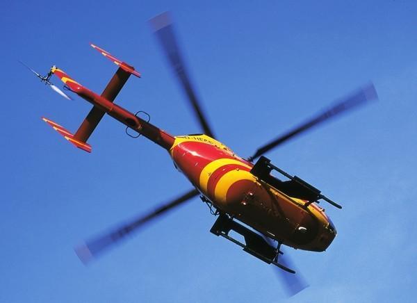 Bild 1 von 7: Medicopter 117 landet auf Basis