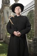Mark Williams in: Father Brown