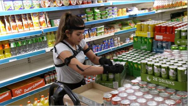 Bild 1 von 4: Experiment mit einer ehemaligen Verkäuferin: Wie gesundheitsschädlich ist die Arbeit im Discounter?
