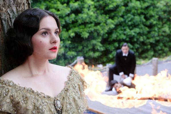Bild 1 von 8: Traumsequenz / Vision: Saskia (Antonia Michalsky) hat eine aufregend-romantische Vision von ihrem Traummann Jakob (Alexander Milo).
